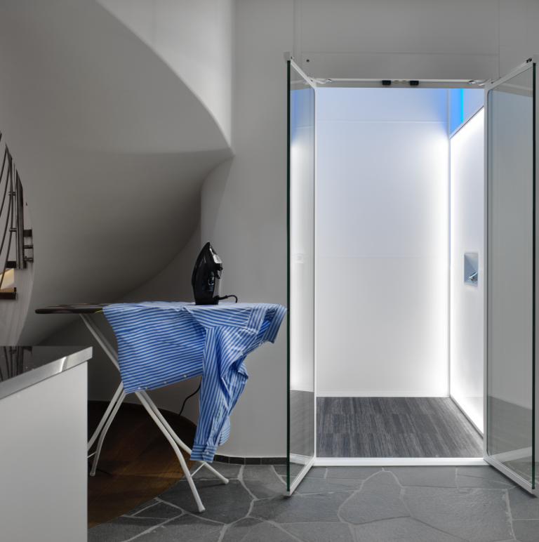 洗衣房中的S系列家用电梯